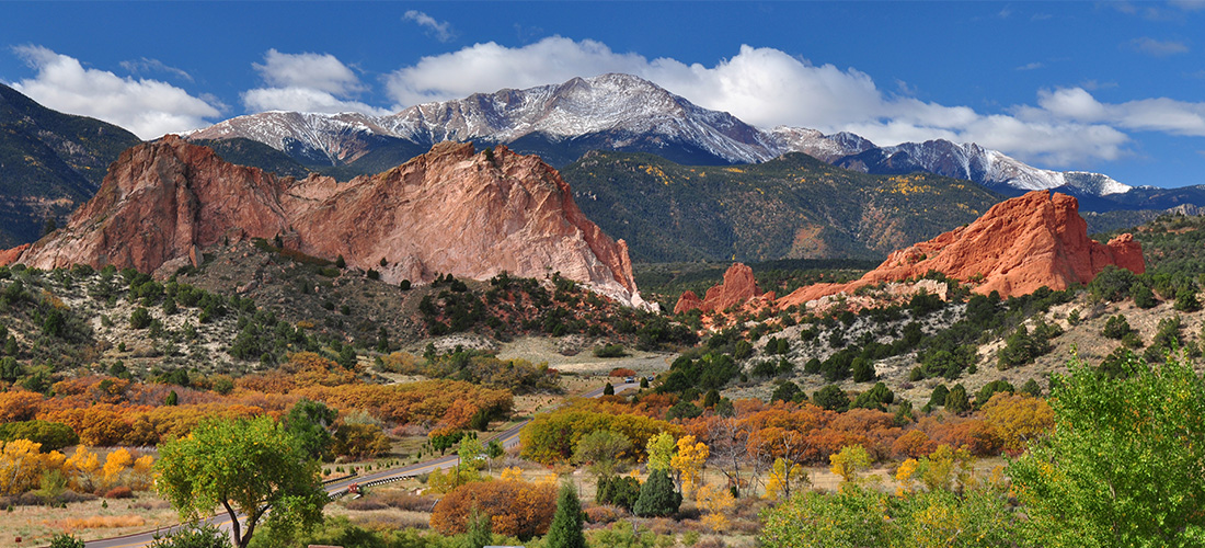 Pikes-Peak-Garden-of-the-Gods